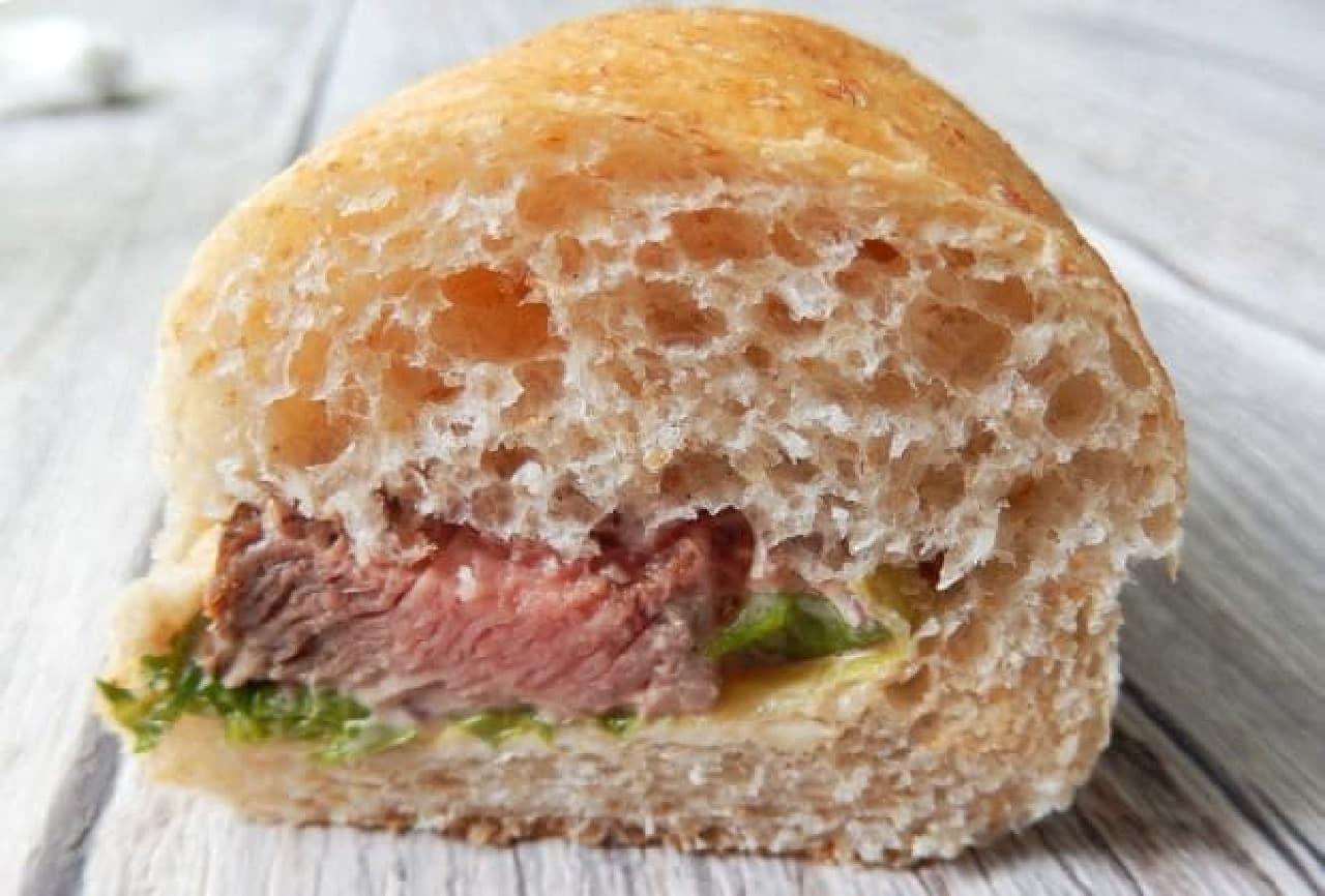 上野イアコッペのコッペパン ステーキ