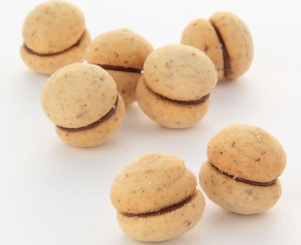 「バーチ・ディ・ダーマ」は貴婦人のキスという意味のイタリアの菓子