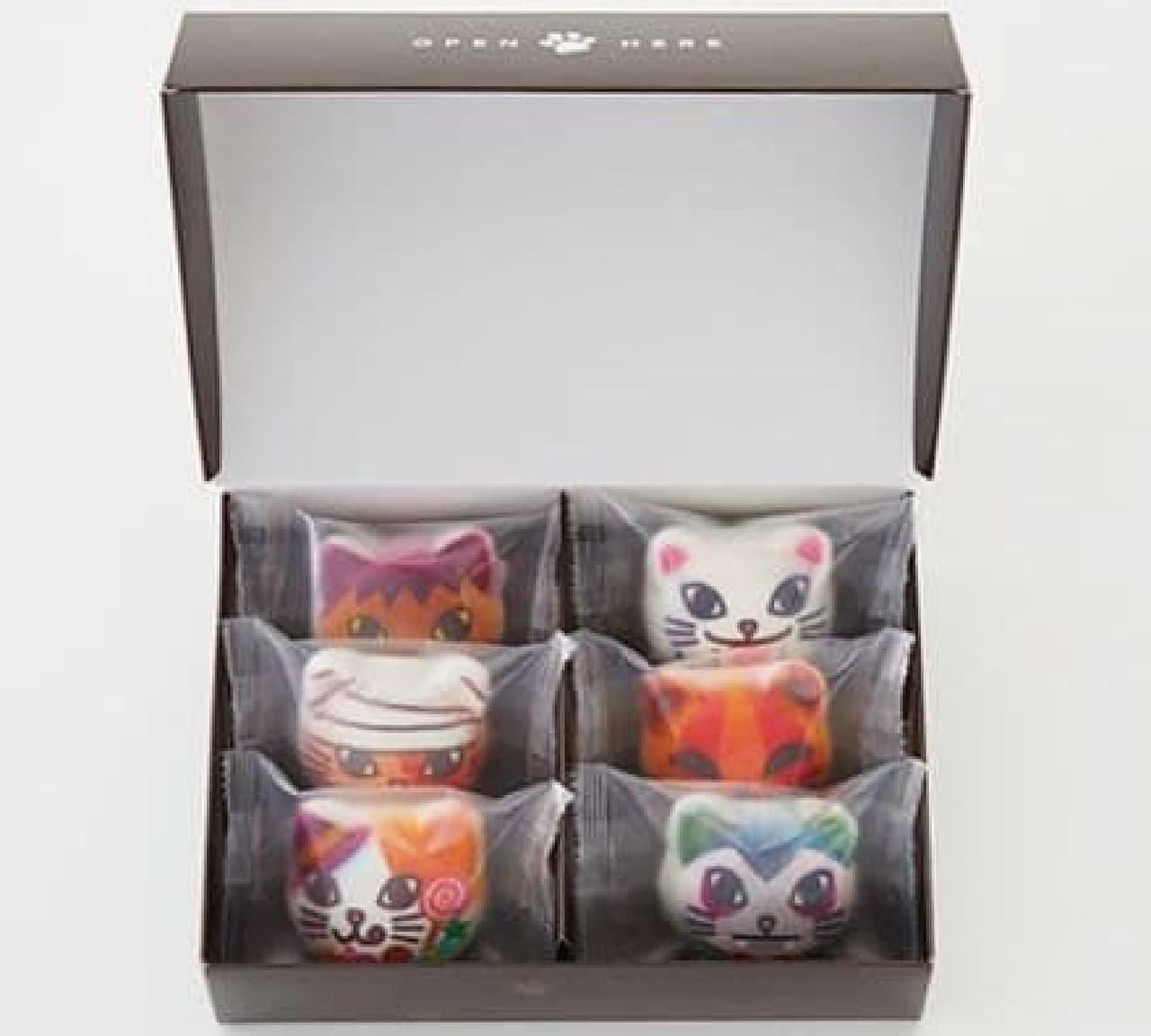 「ツンデレにゃんのハロウィンニャシュマロ」は、おばけにした怖くて可愛い猫たちがプリントされたマシュマロ