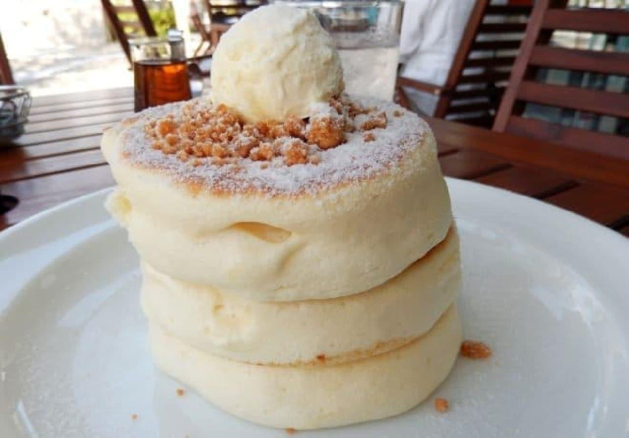 メレンゲ「ホイップバターパンケーキ」