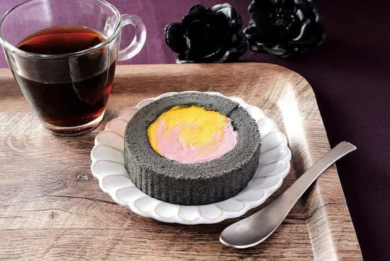 ローソン「かぼちゃ&紫芋のロールケーキ」