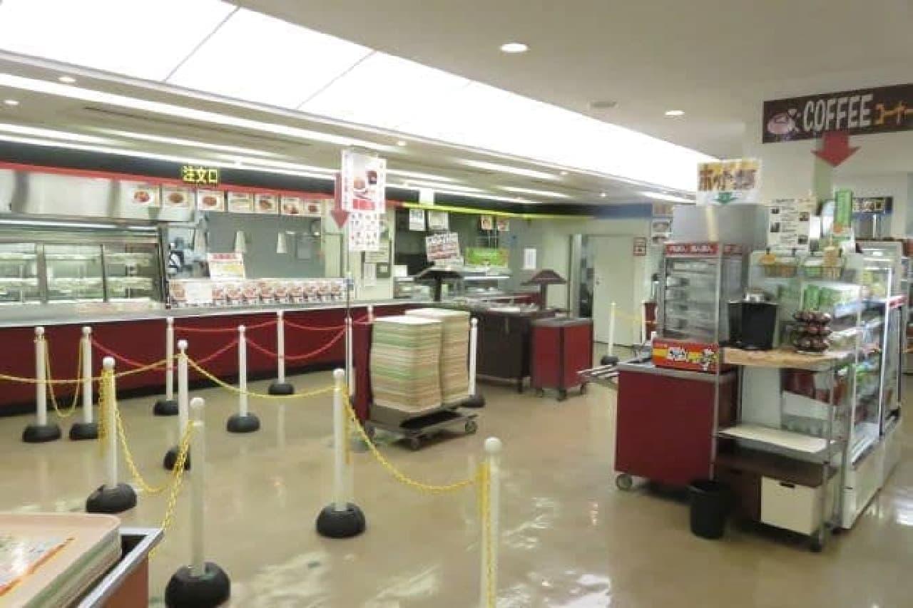 早稲田大学戸山キャンパスのカフェテリア