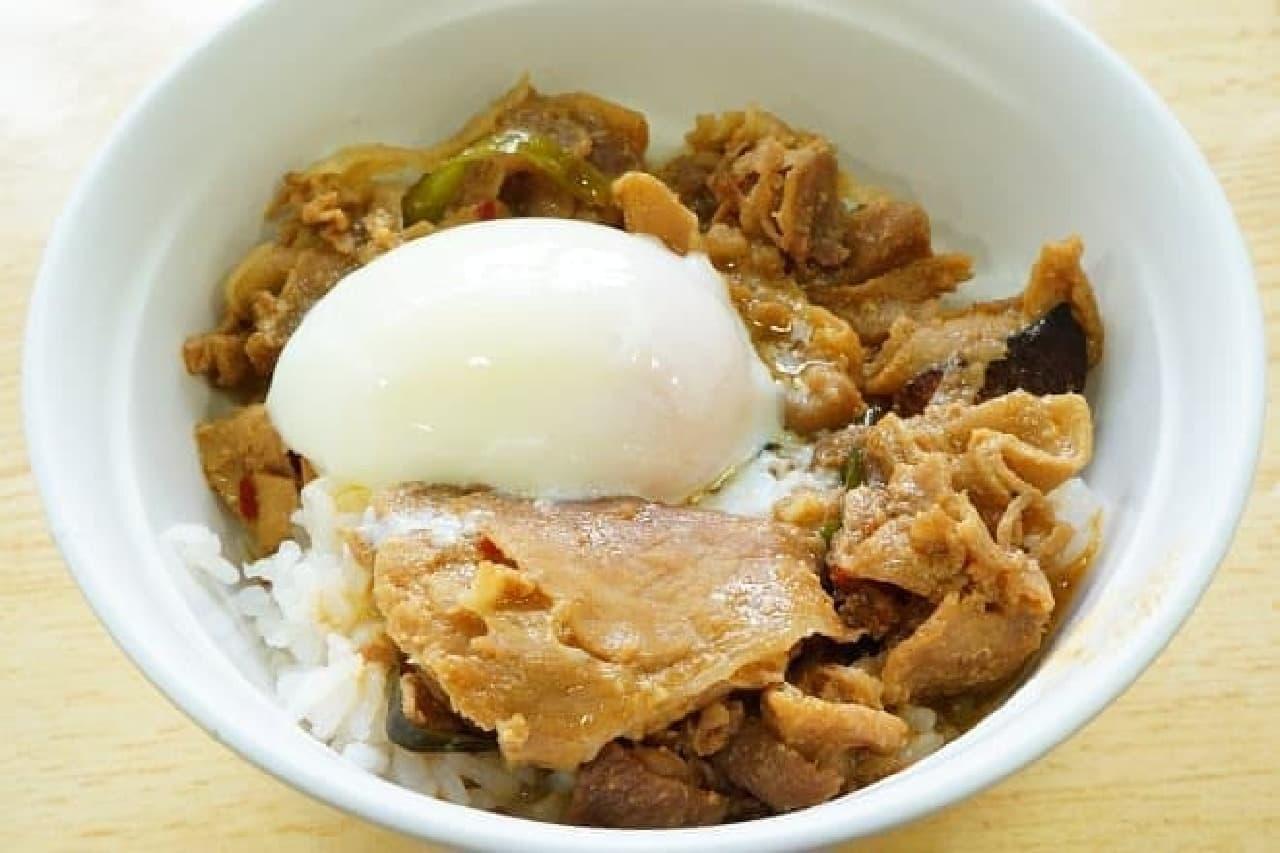 慶應義塾大学遊遊キッチンの「慶應パワー丼」