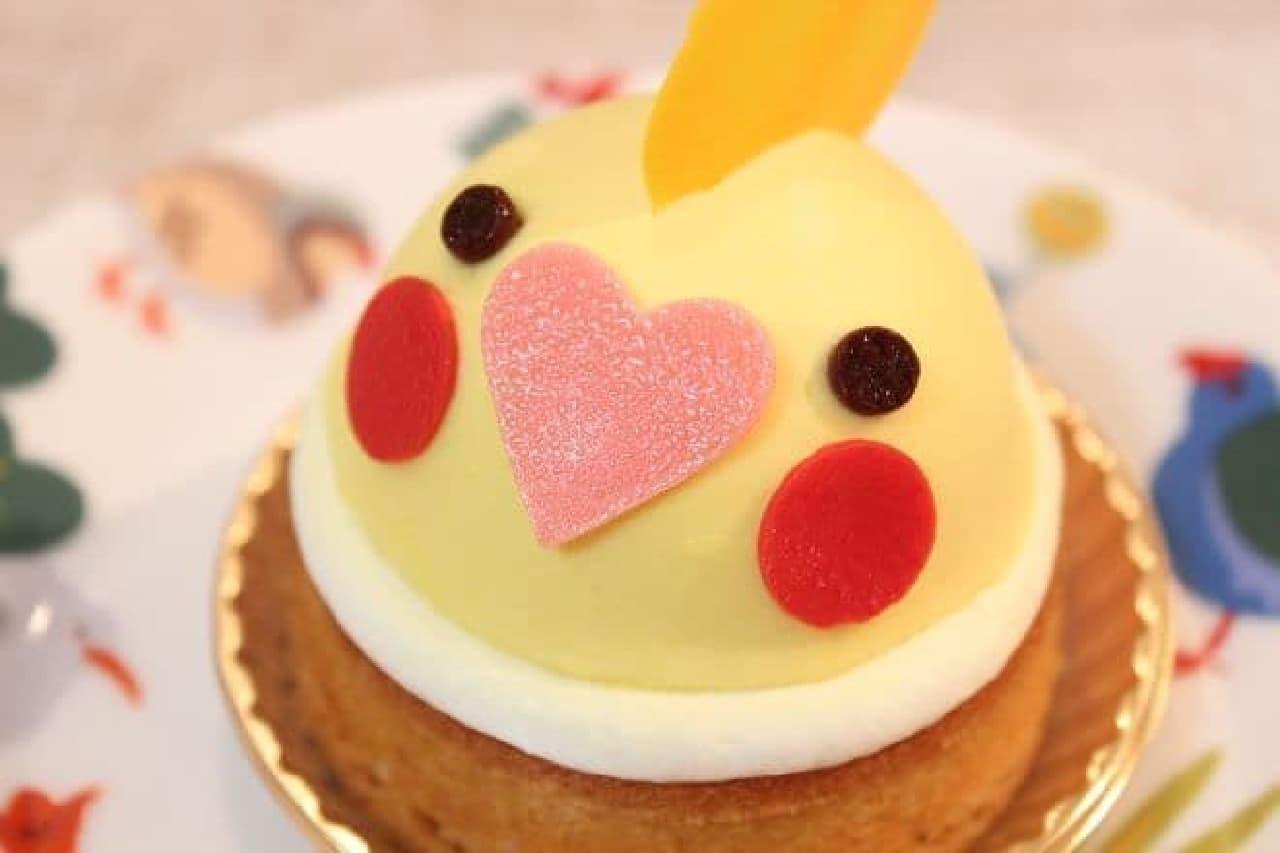 ことりカフェ表参道店のオカメインコケーキ