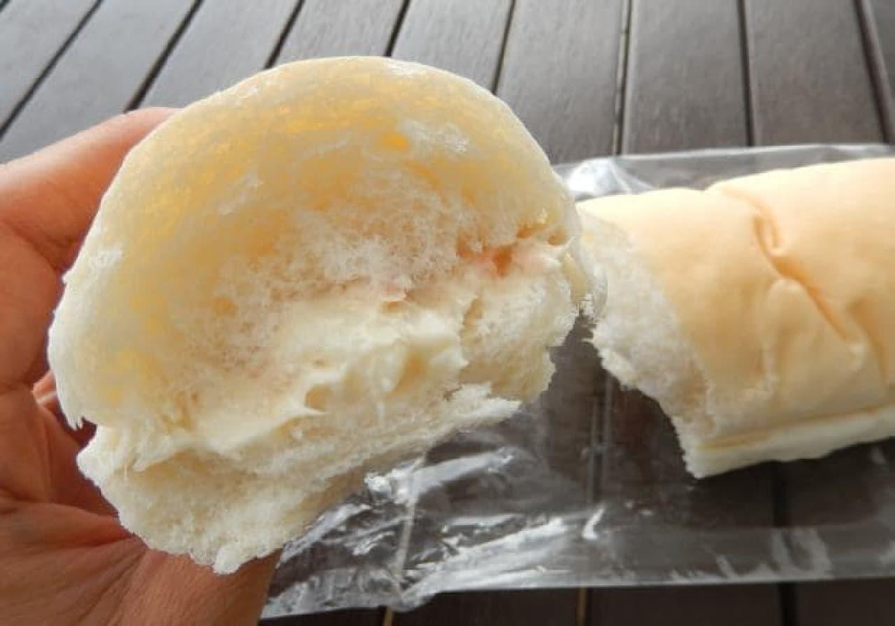 コメダ珈琲店のコッペパン専門店「やわらかシロコッペ」