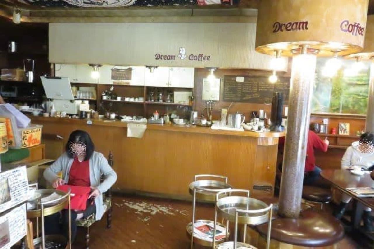 「ドリームコーヒー(Dream Coffee)」の内観