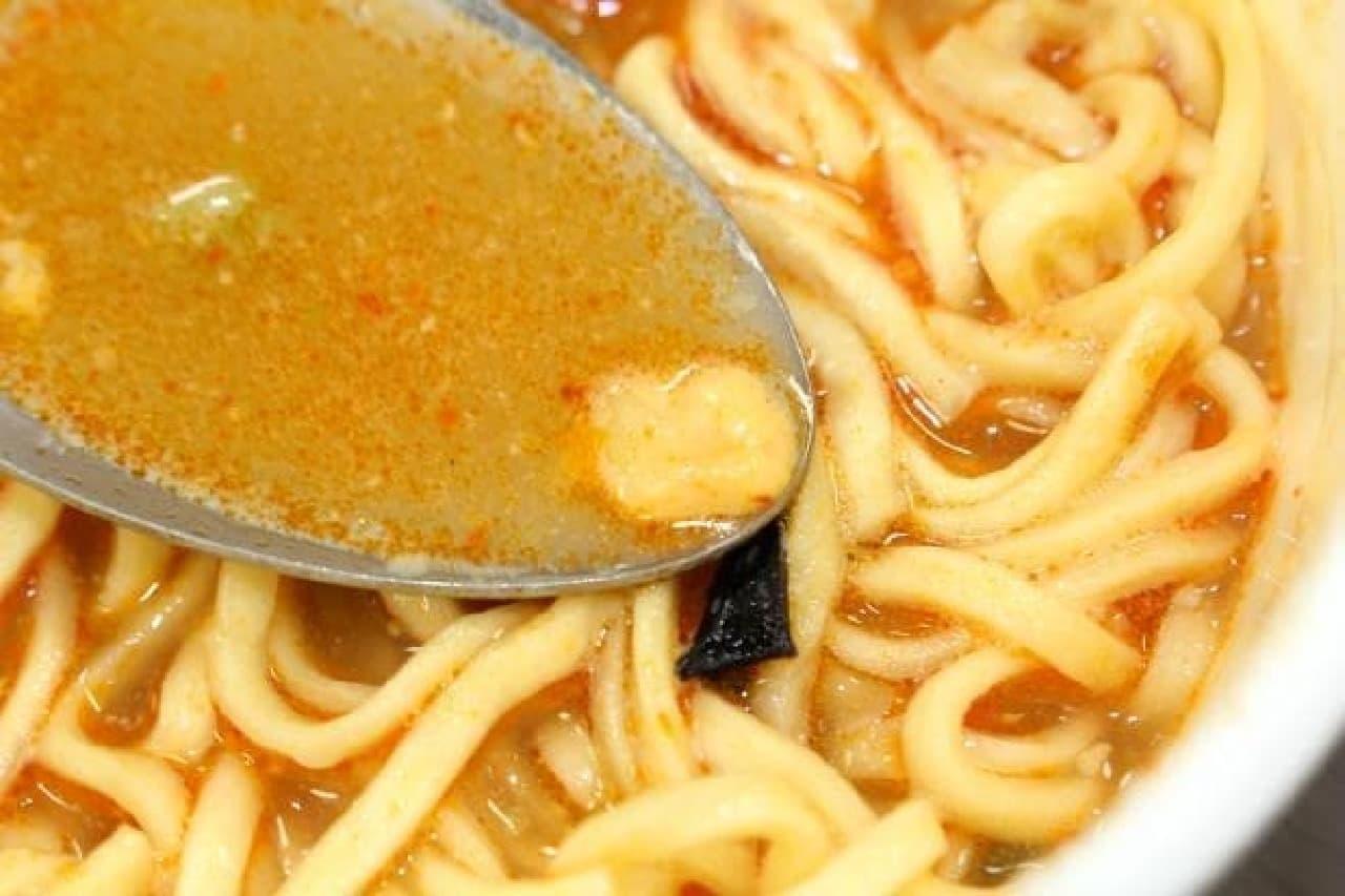 セブン&アイ「蒙古タンメン中本 チーズの一撃」