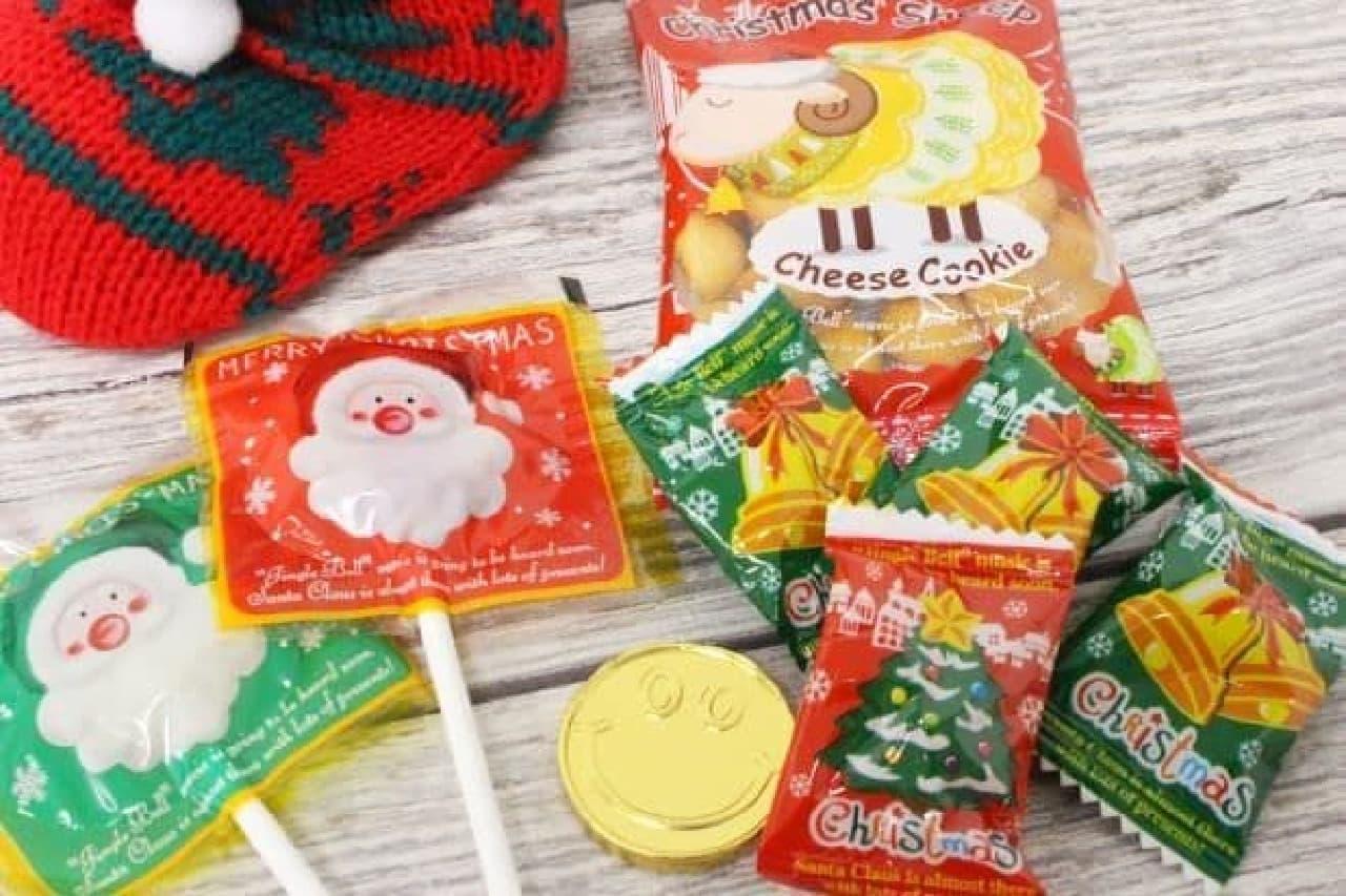 「クリスマスソックスブーツ」は、可愛らしいソックスブーツにお菓子が詰められたもの