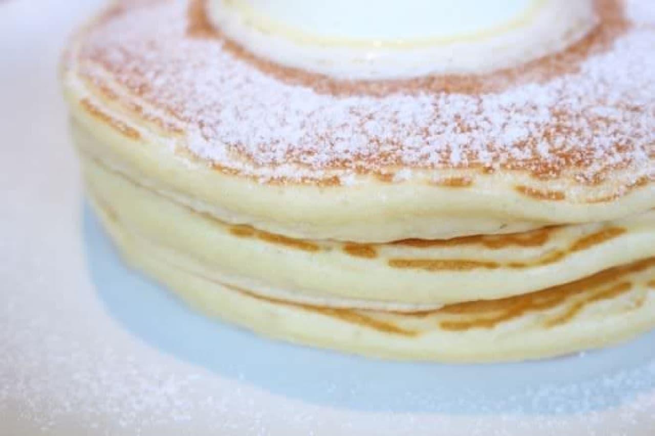 「IVY PLACE(アイヴィープレイス)」の「クラシックバターミルクパンケーキ」