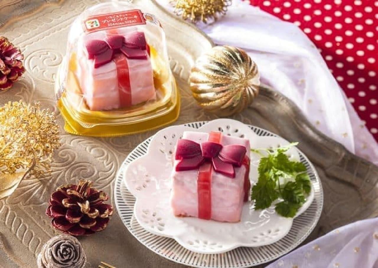 セブン-イレブン「いちご&クッキー プレゼントケーキ」