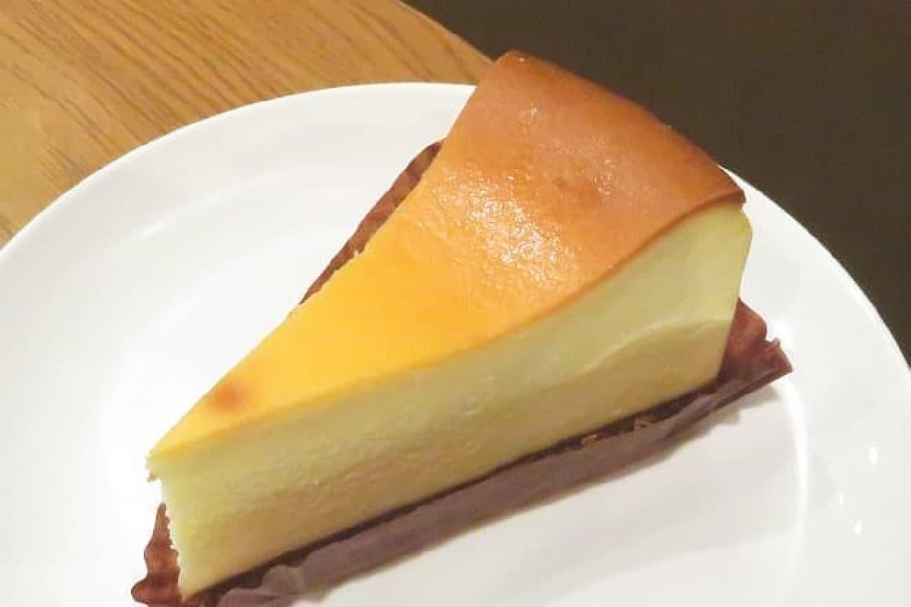 スターバックス「ニューヨークチーズケーキ」
