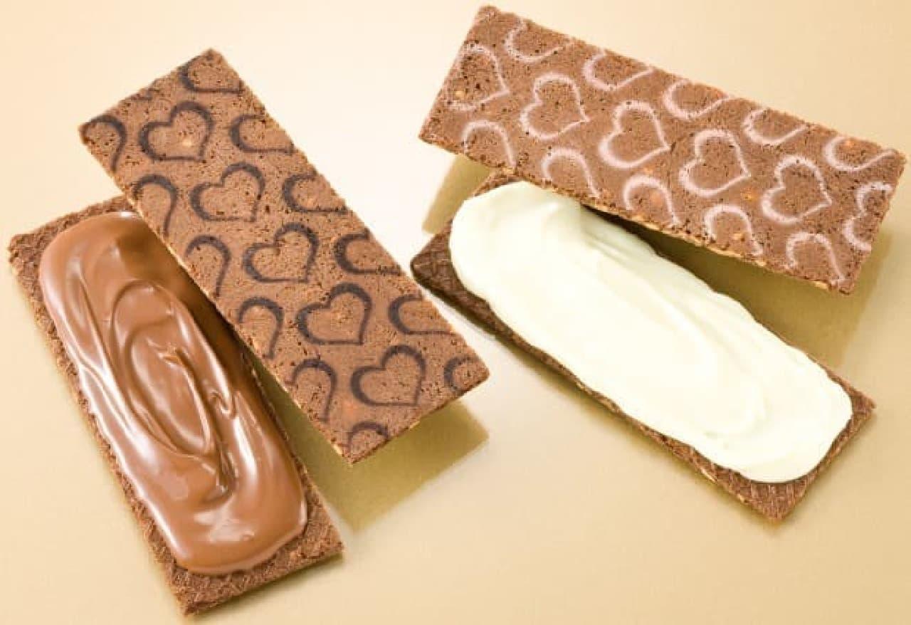 銀のぶどう「銀のぶどうのチョコレートサンド<アーモンド>」