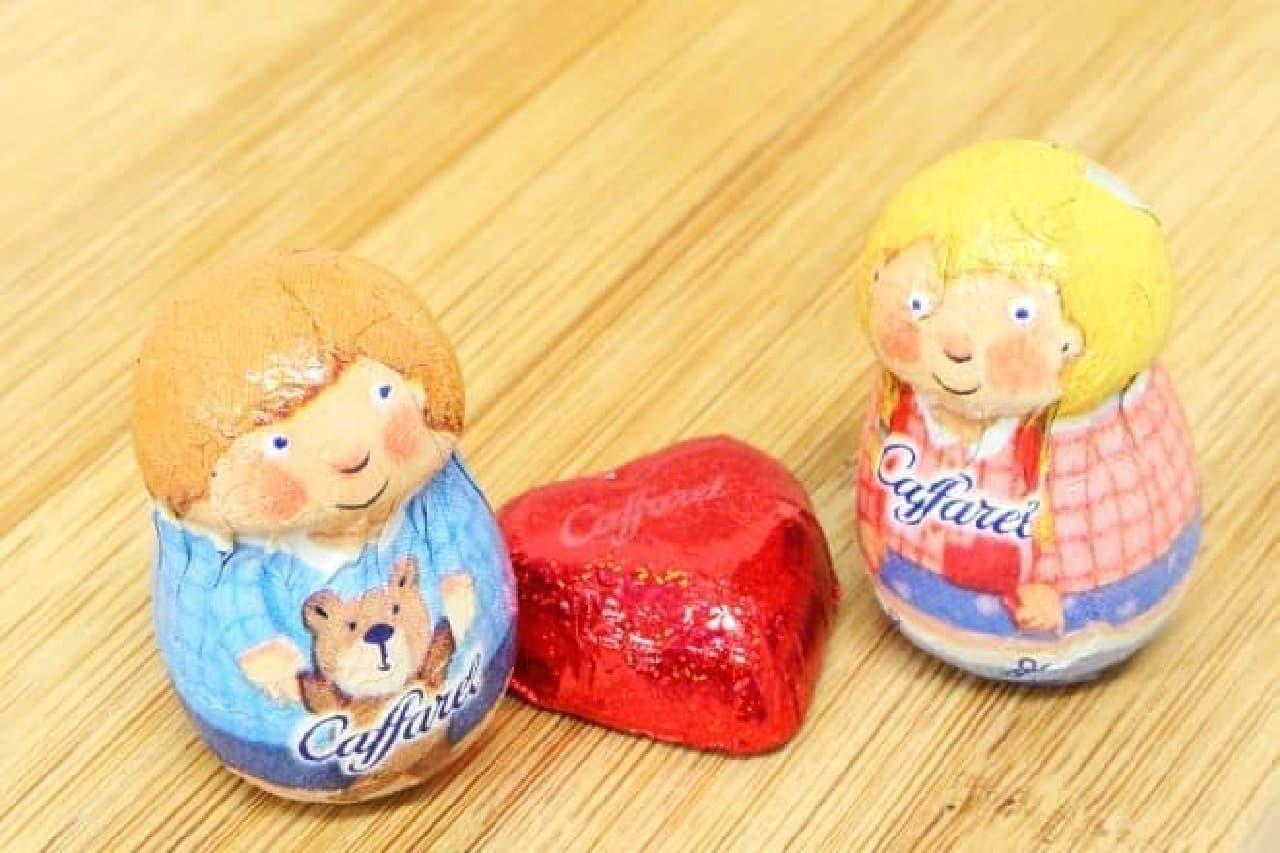 「カファレル」の「チョコラティーノ(ネコ)」