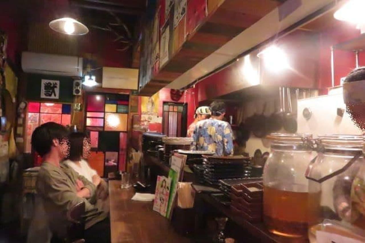 高田馬場にある「獣肉酒家 米とサーカス」