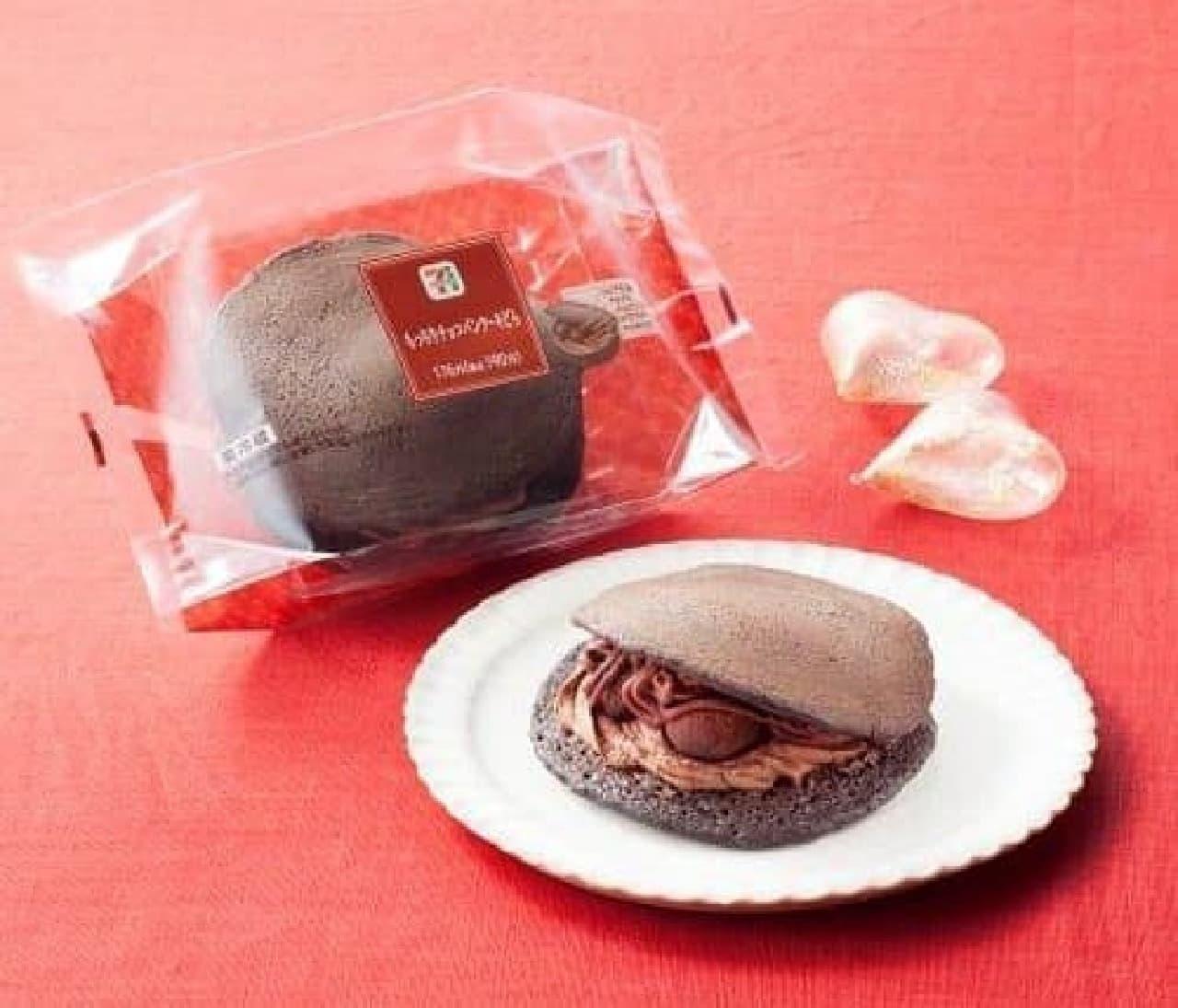 セブン-イレブン「もっちりチョコパンケーキどら」