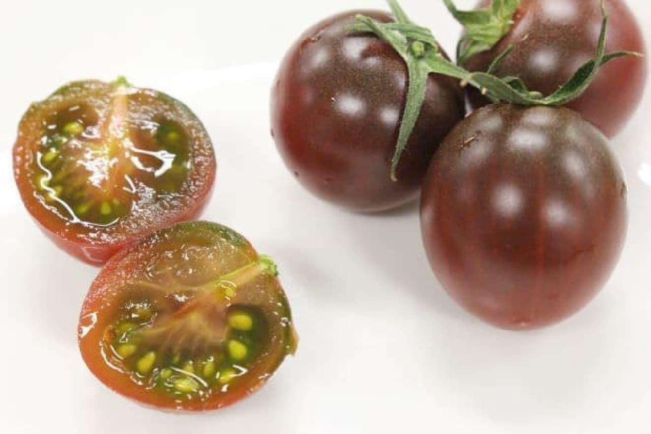 ノーブル バイオレットは、紫色をしたトマト