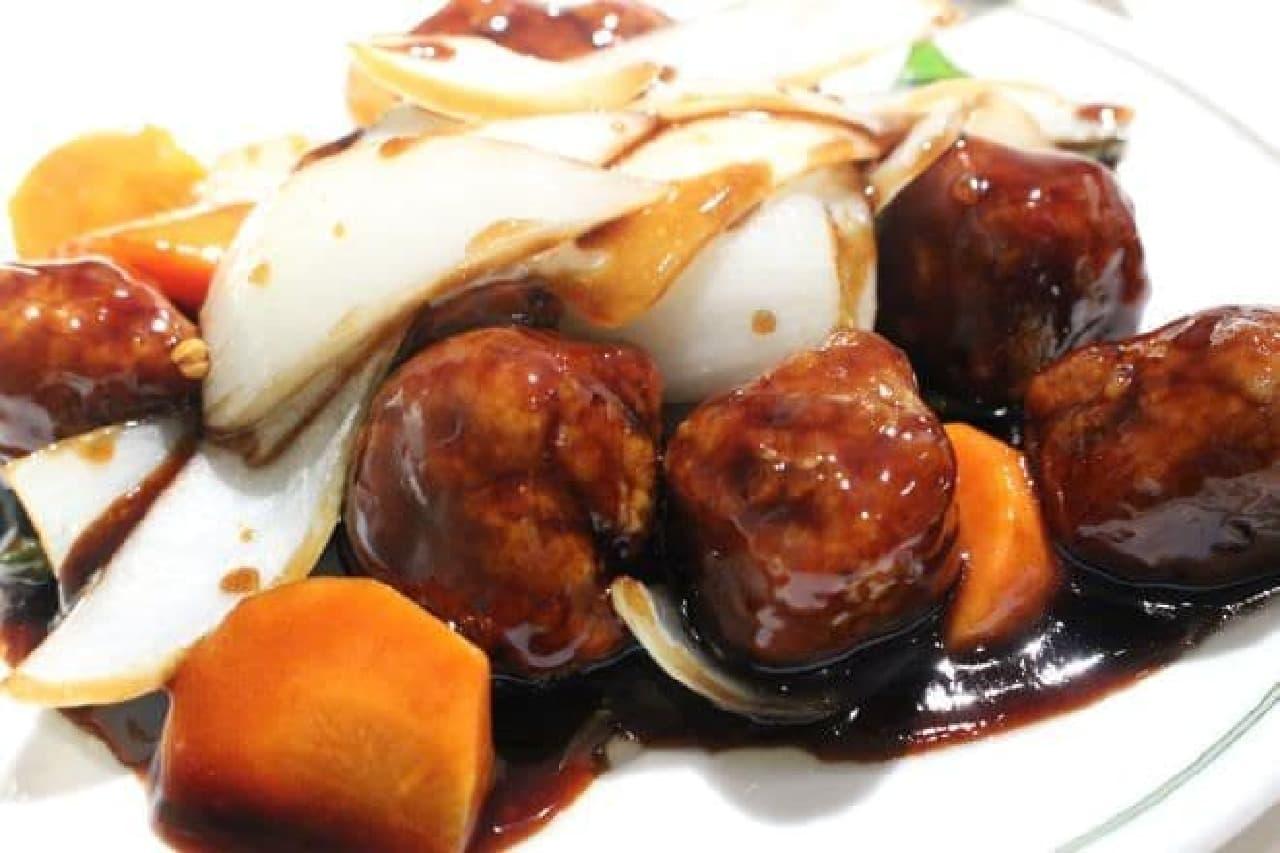 中国飯店の特選ランチ「黒酢の酢豚」