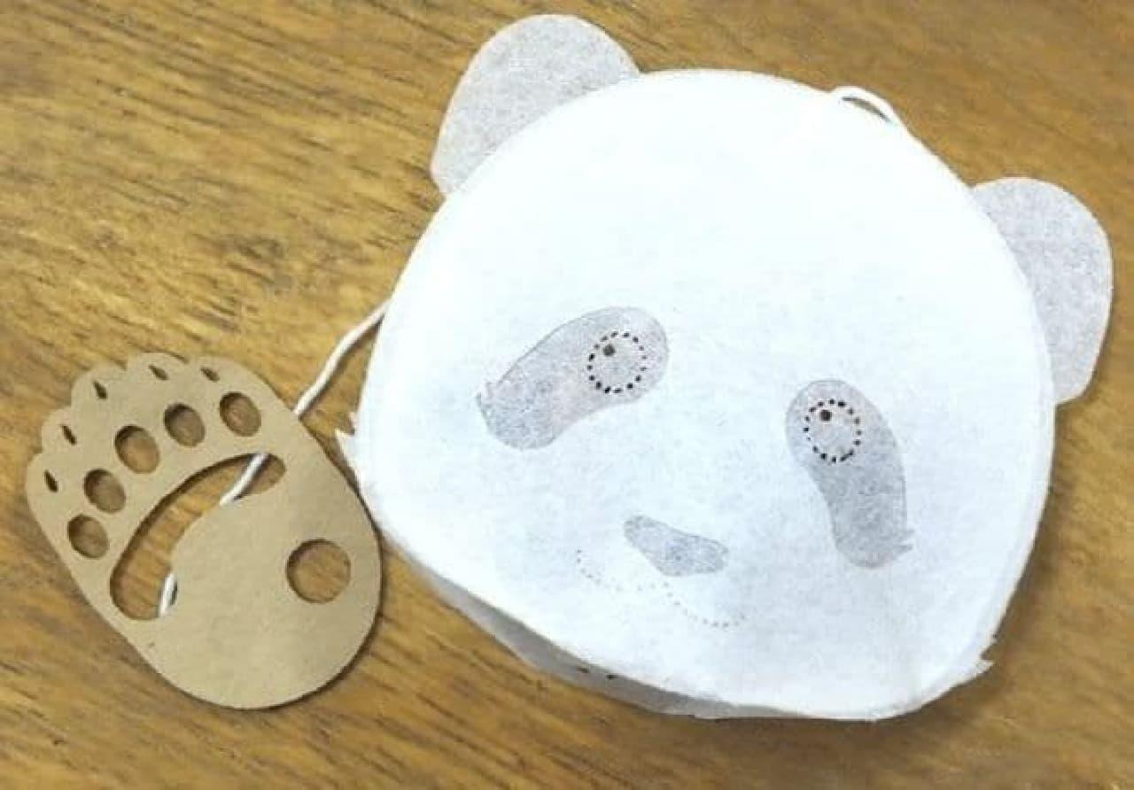 「愛されパンダのティーバッグ(フルーツティー苺/4p)」は、可愛らしいパンダのかたちをしたティーバッグ