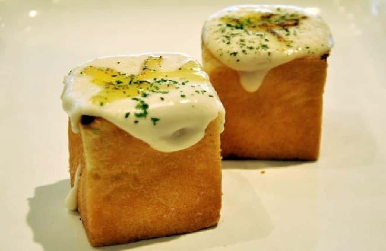 ブーランジェリーNiko「カレーグラタンパン」