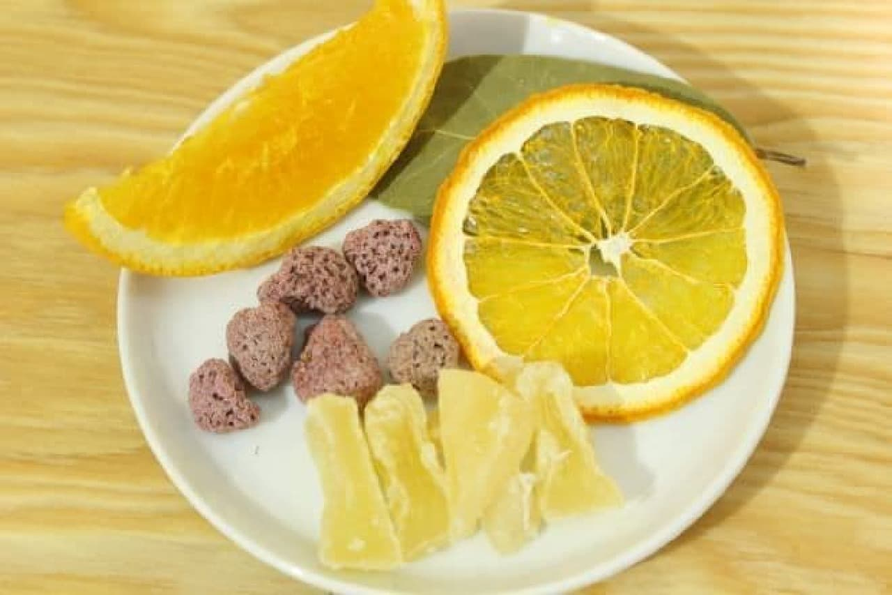 ポジティブ パインに使われているドライフルーツ