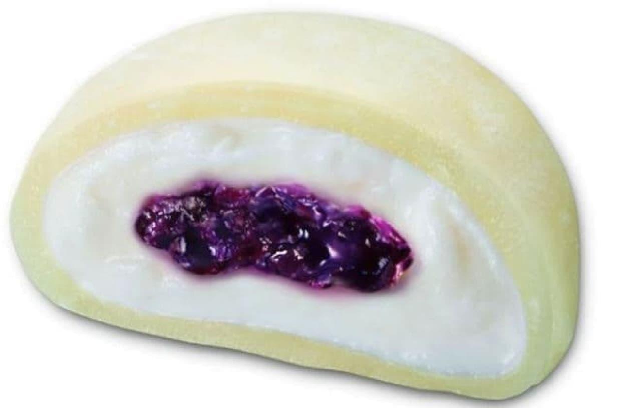 井村屋「クリームチーズ大福 ブルーベリー」