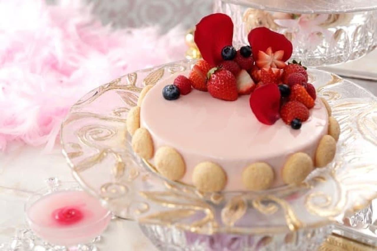 横浜ベイシェラトン ホテル&タワーズのナイトスイーツブッフェ「Sweets Parade ~マリーアントワネット~」