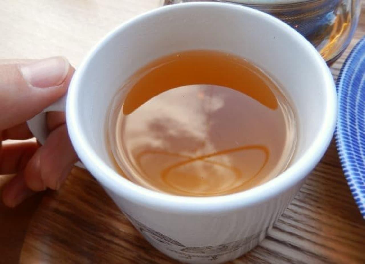 東京・原宿のカフェ「ヨダか」の「シナモンティー」