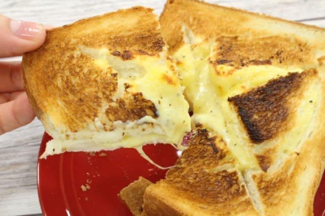 簡単に作れるチーズフォンデュトースト
