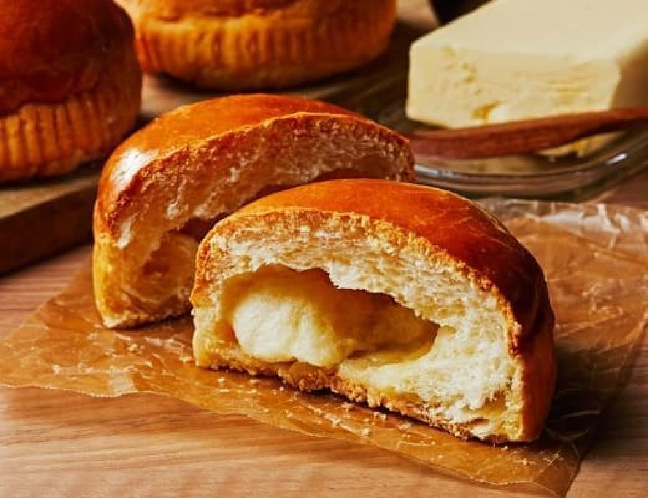 ローソン「塩バターメロンパン~ザクザク食感~」