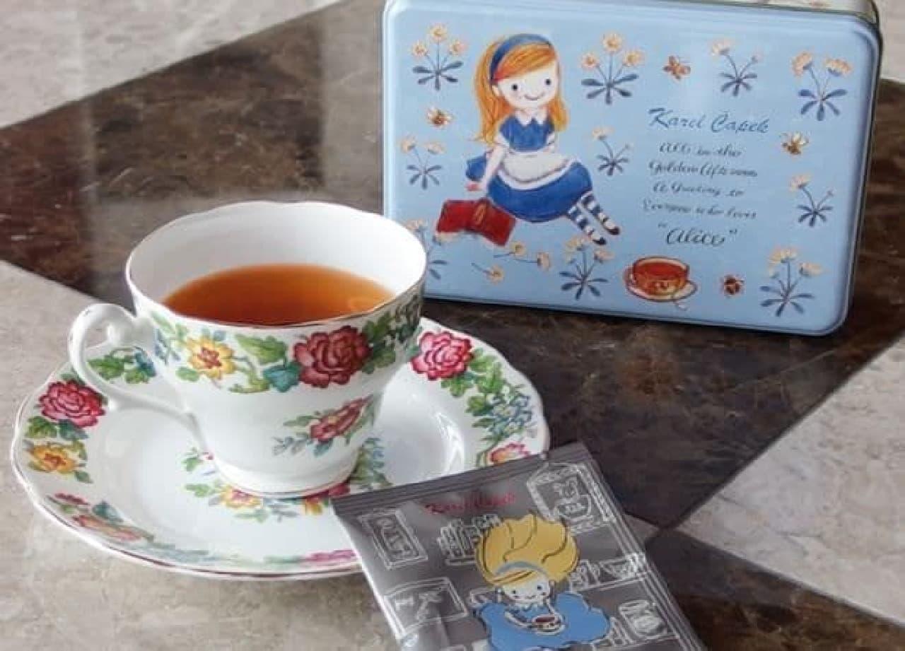カレルチャペック紅茶店から販売されている『不思議の国のアリス』をモチーフにした新作2種