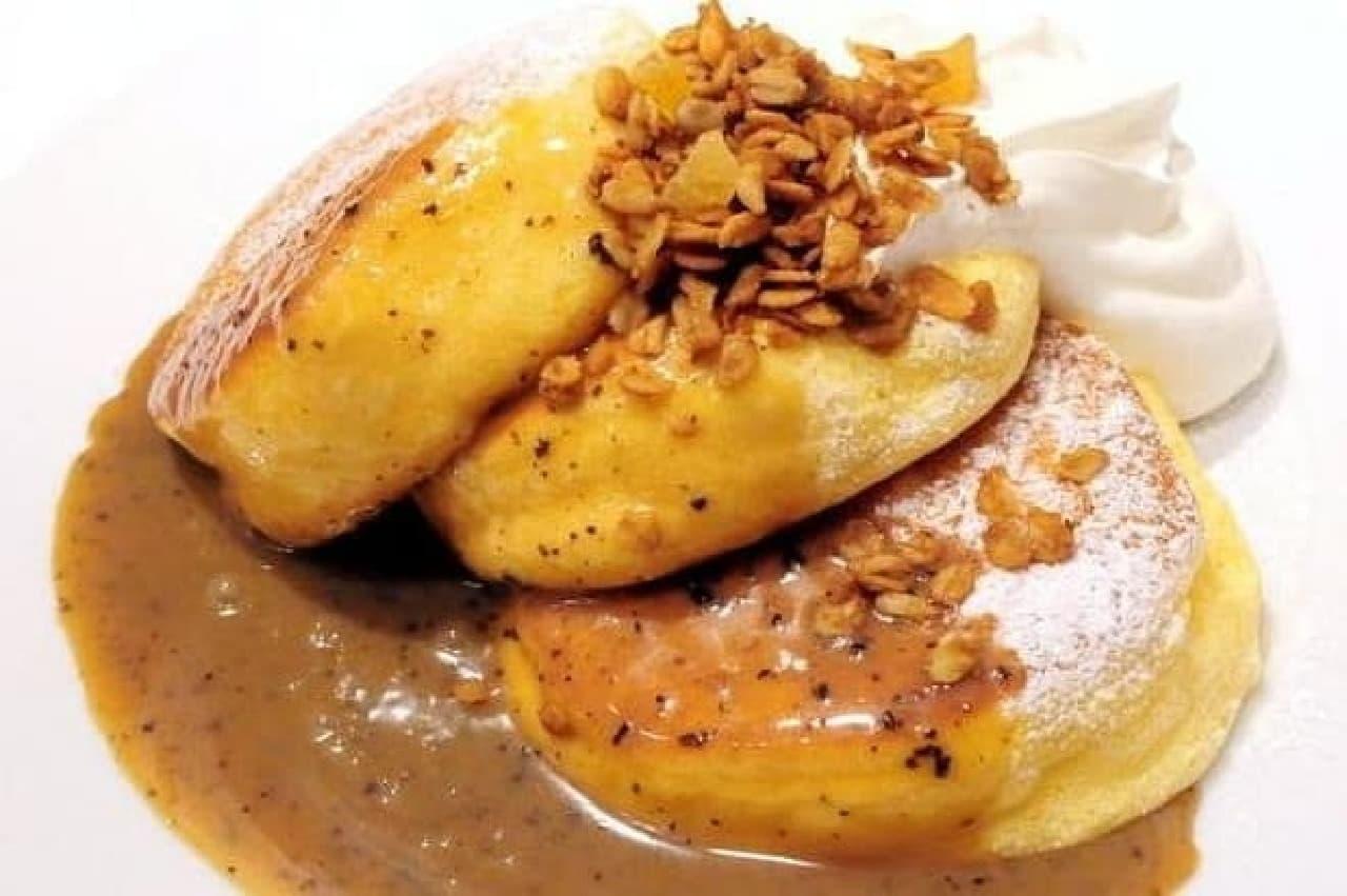 幸せのパンケーキ「紅茶ミルクパンケーキ 自家製グラノーラがけ」