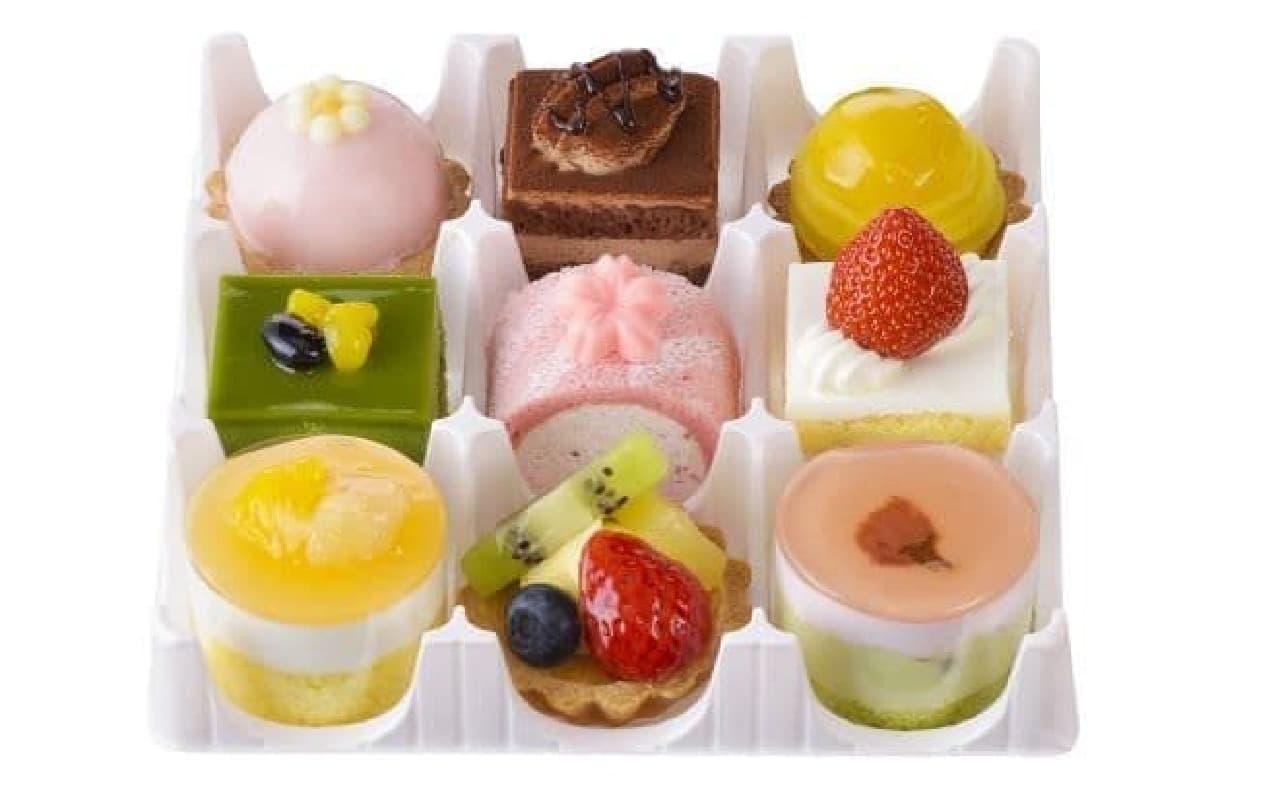 「プチセレクション~春菓~(9個入)」は春ならではの素材が使われたケーキの詰め合わせ