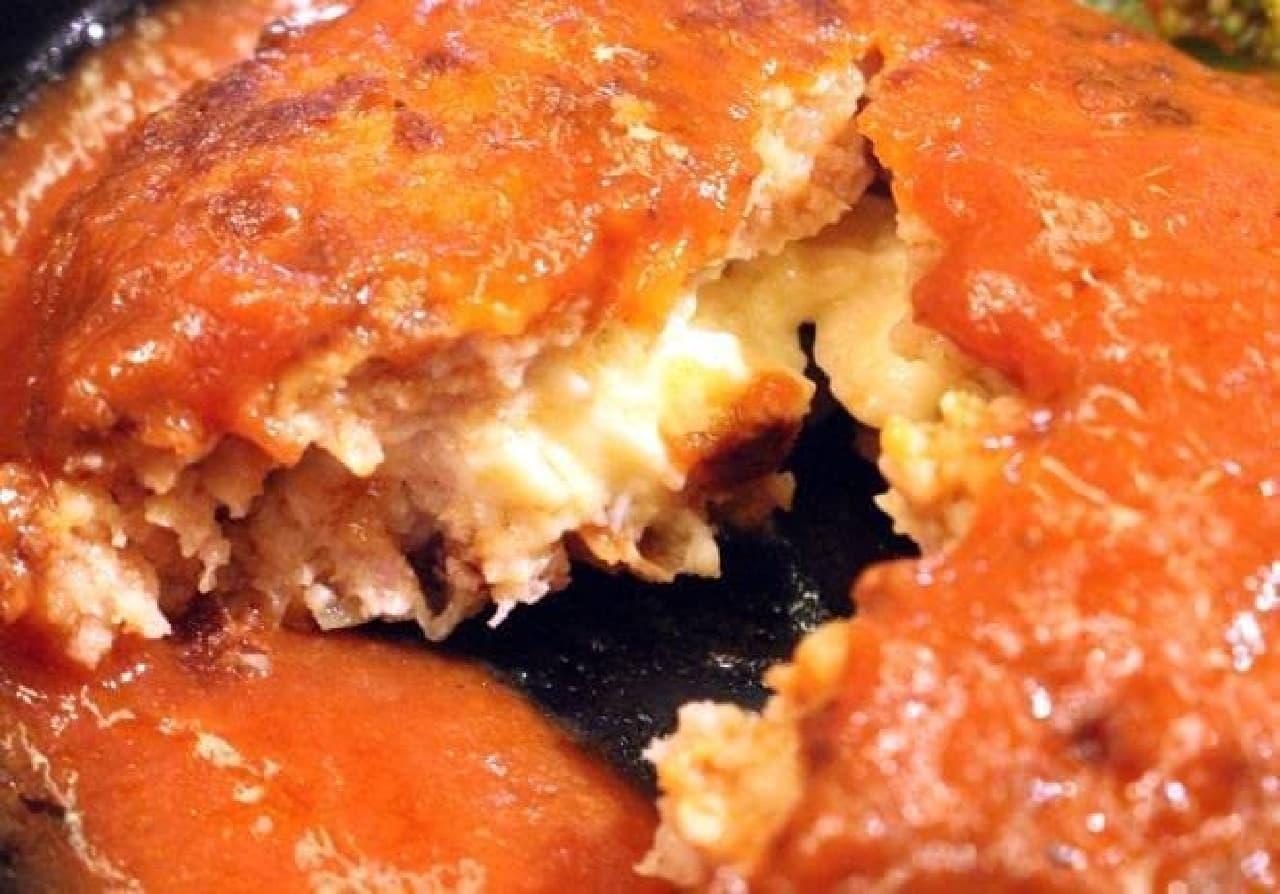 くら寿司「イタリアンチーズハンバーグ」