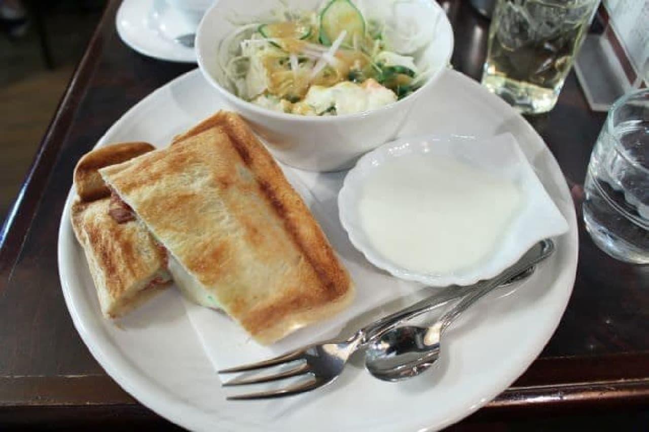 「ローヤル珈琲店 本店」ランチセット