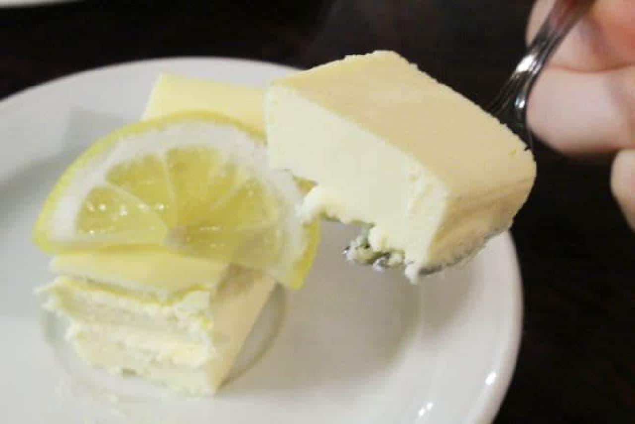 ローヤル珈琲店「鎌倉山のチーズケーキ」
