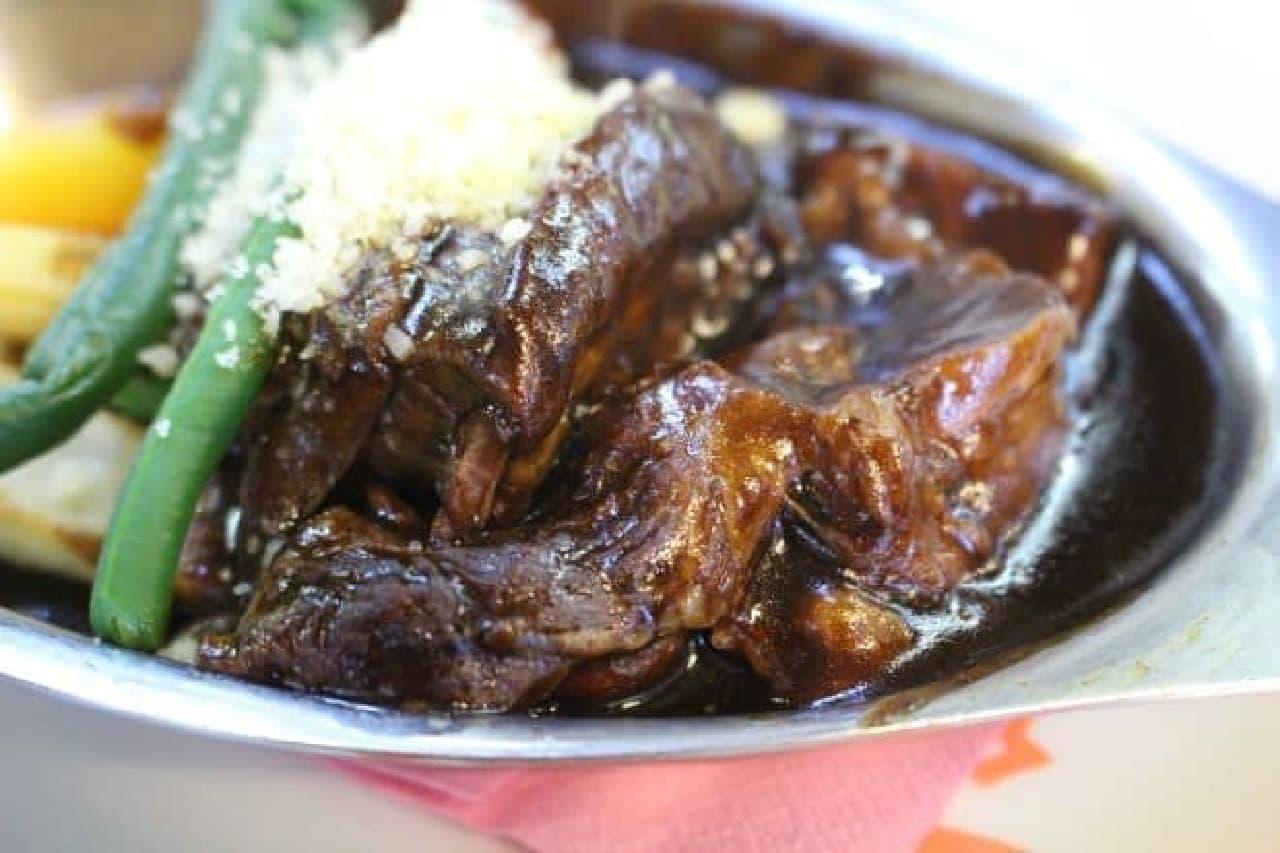 洋食 ヨシカミ「ビーフシチュー」