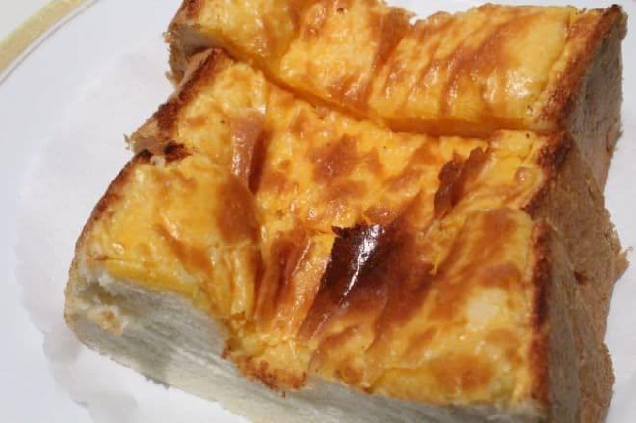 丸福珈琲店のチーズトースト