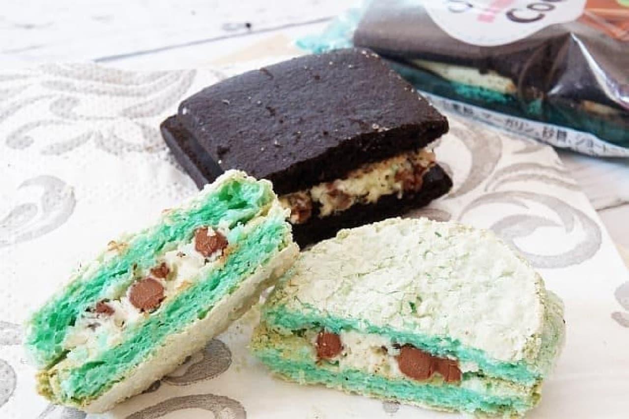 カルディオリジナルの「チョコミントダックワーズ」と「チョコミントサンドクッキー」