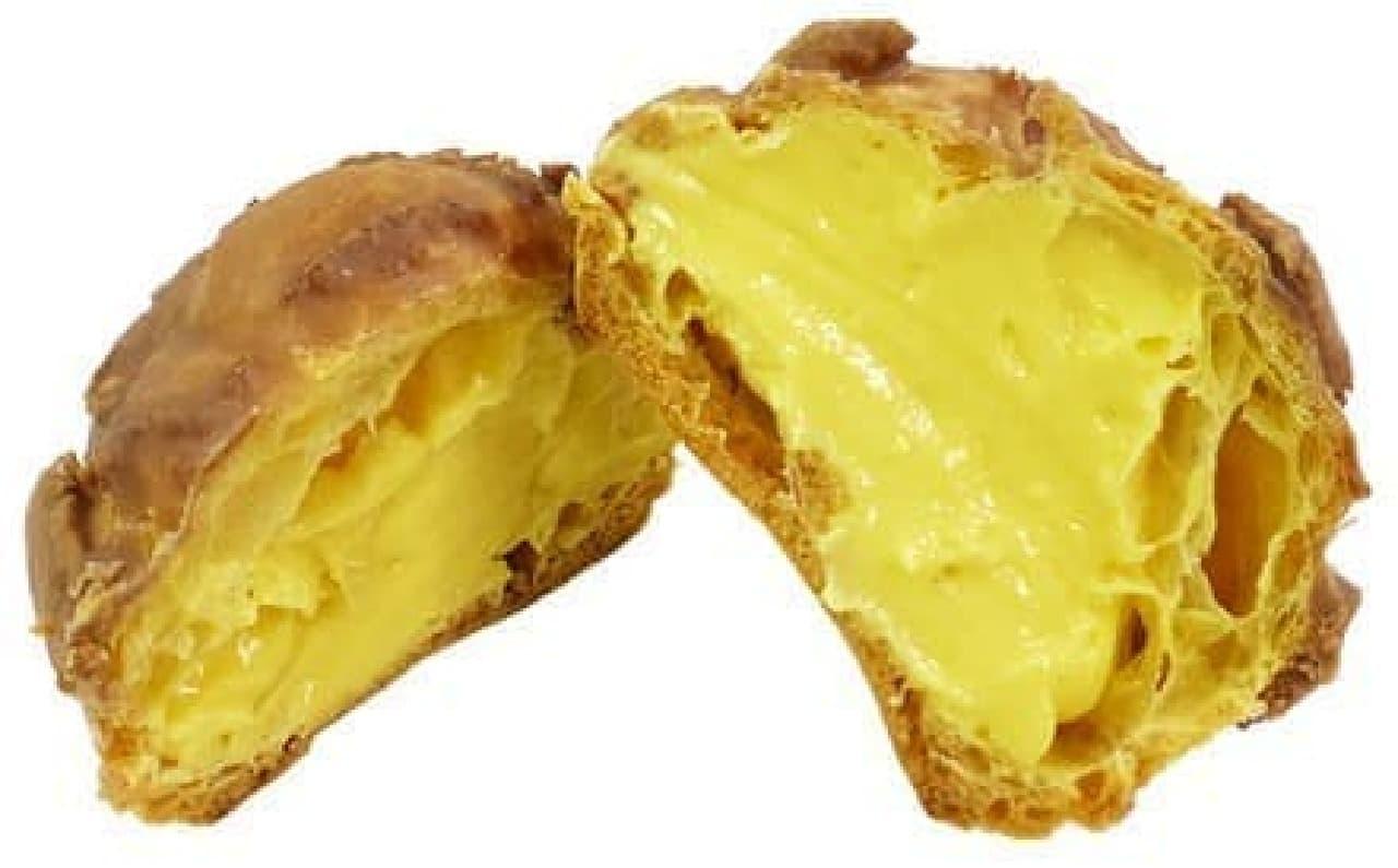 ファミリーマート「ザクザク食感のクッキーシュー」