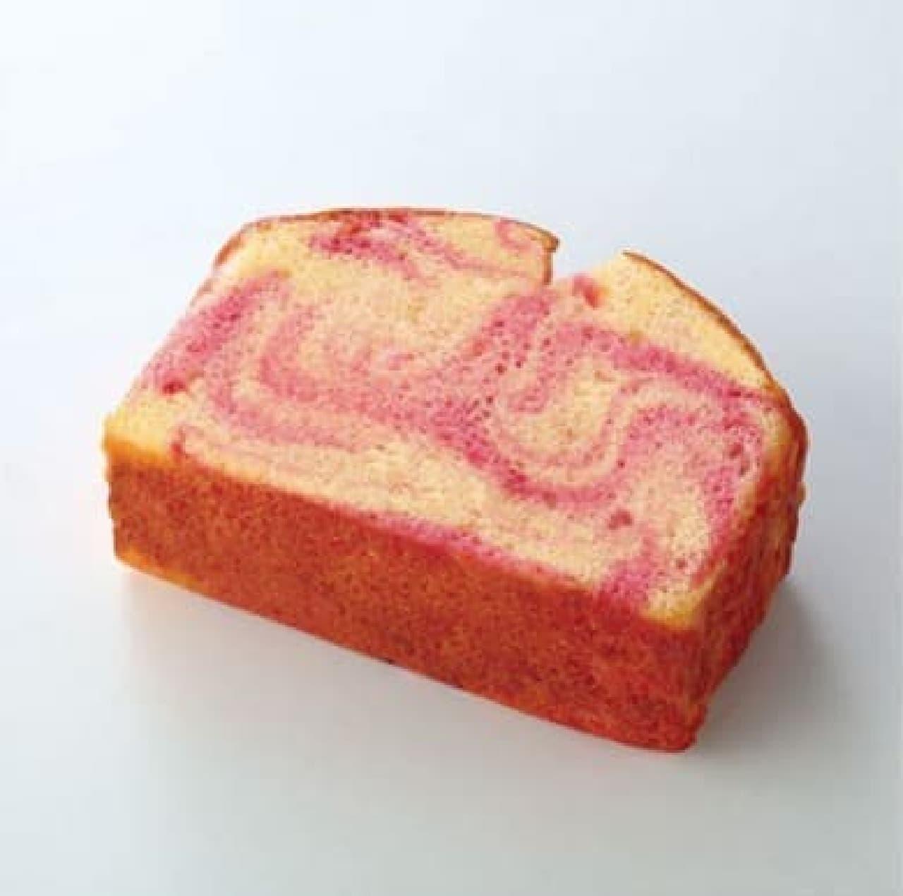 """ファミリーマート""""いちご""""の焼き菓子"""