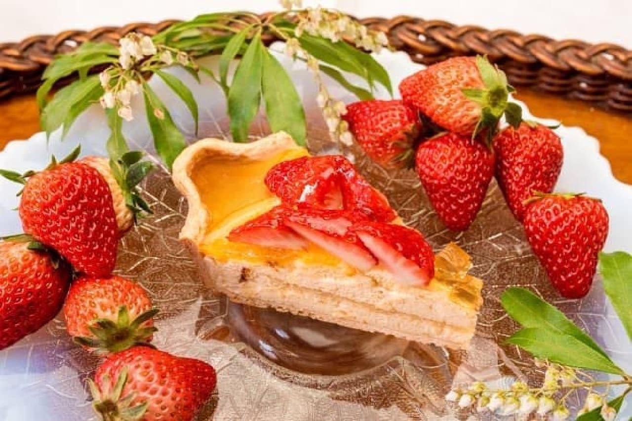 キル フェ ボンのグランフロント大阪店「大阪産(もん)ひやしあめとイチゴのタルト」