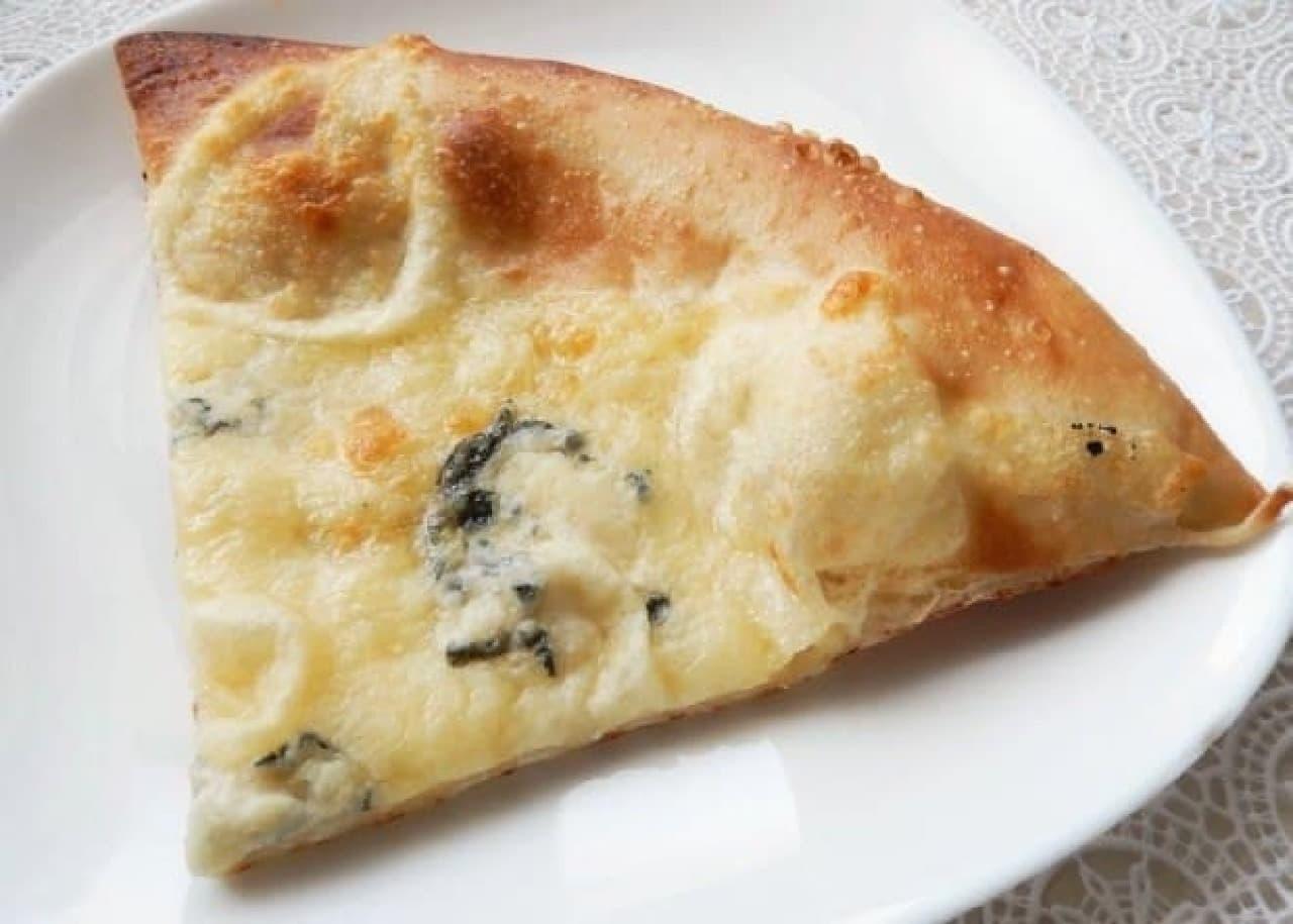 オーケーストア「ブルーチーズと4種のチーズピザ」