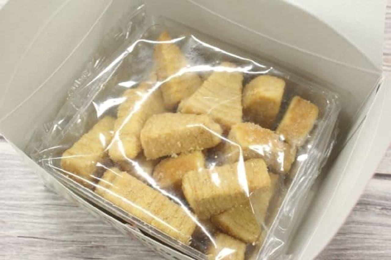 「東京タワーバームクーヘンラスク」は、バームクーヘンがラスクになったお菓子