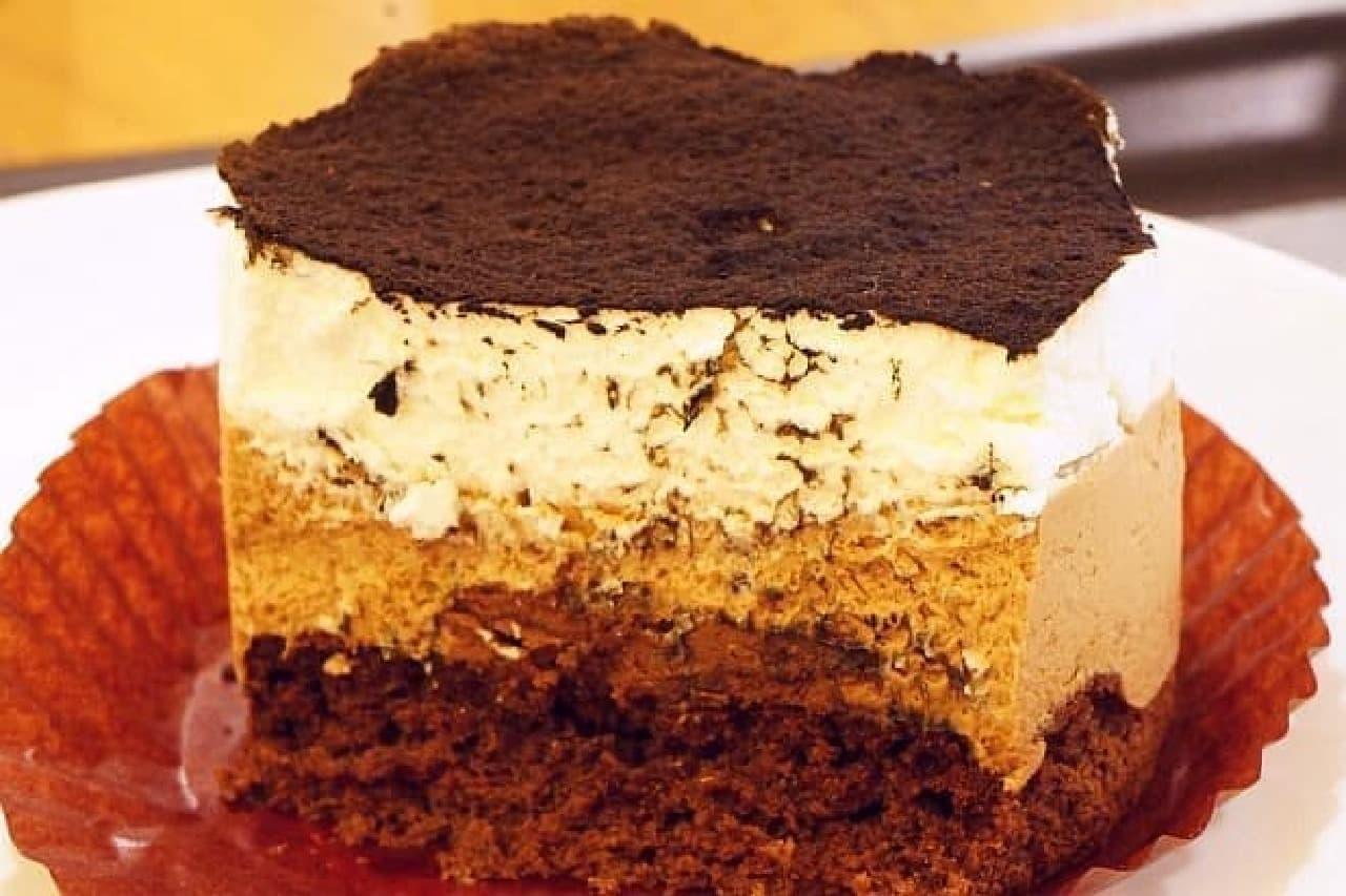 スターバックス「チョコレートレイヤーケーキ」
