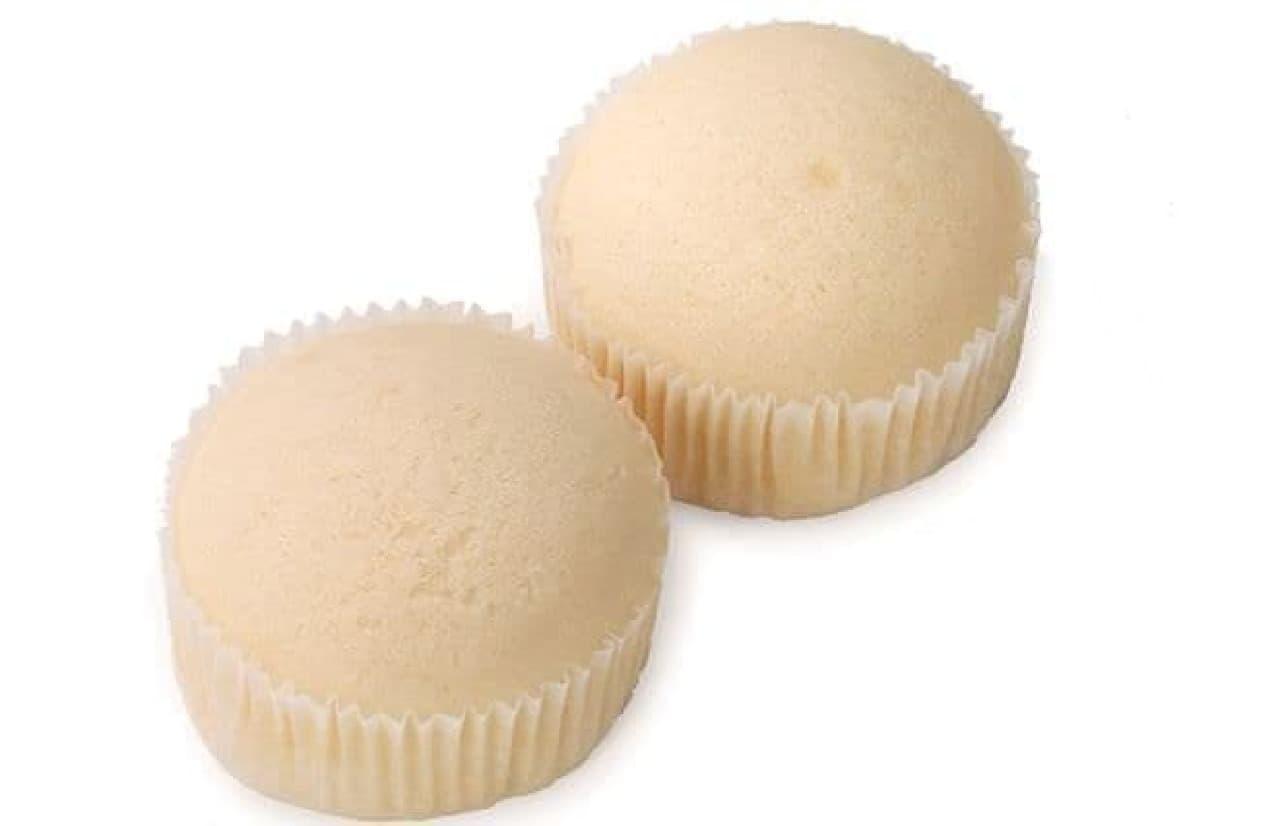 ローソンストア100「VLバニラヨーグルト蒸しケーキ 2個入」