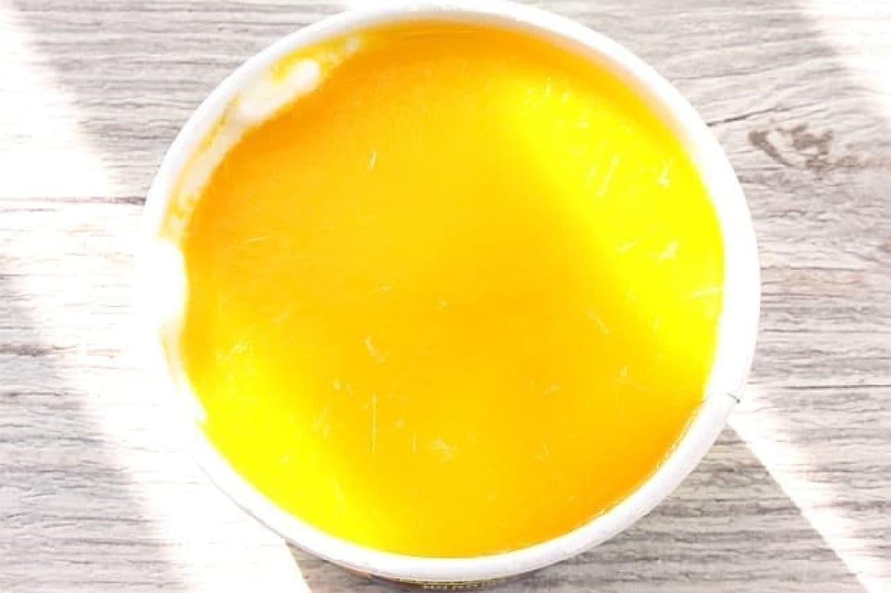 ハーゲンダッツ ミニカップの新作「マンゴープリン~ココナッツミルク仕立て~」