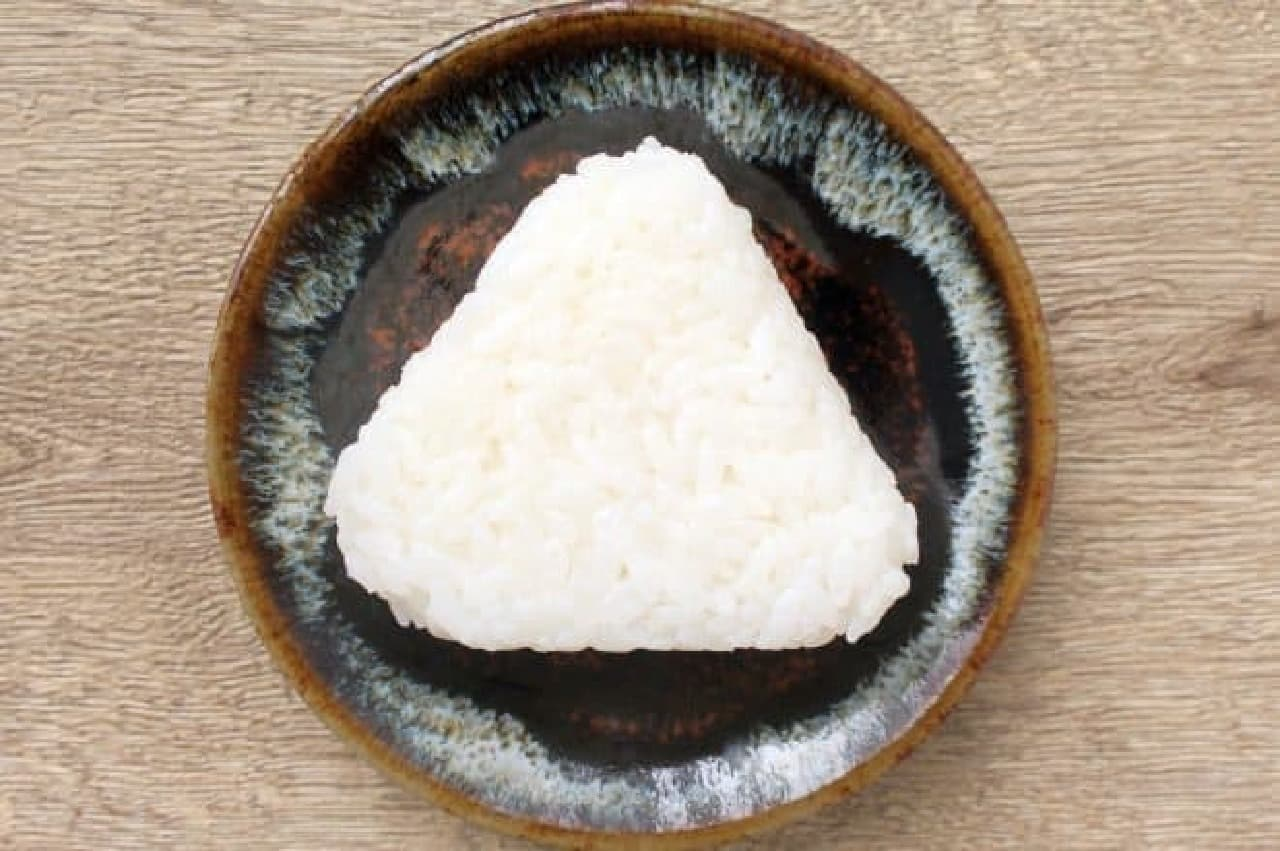 セブン-イレブン「銀しゃりむすび 塩むすび」