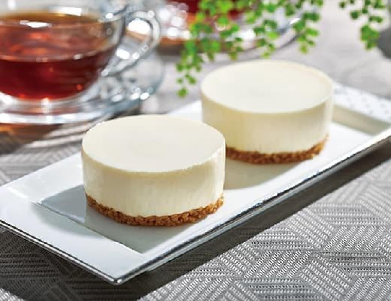 ローソン「濃厚なめらかレアチーズケーキ」