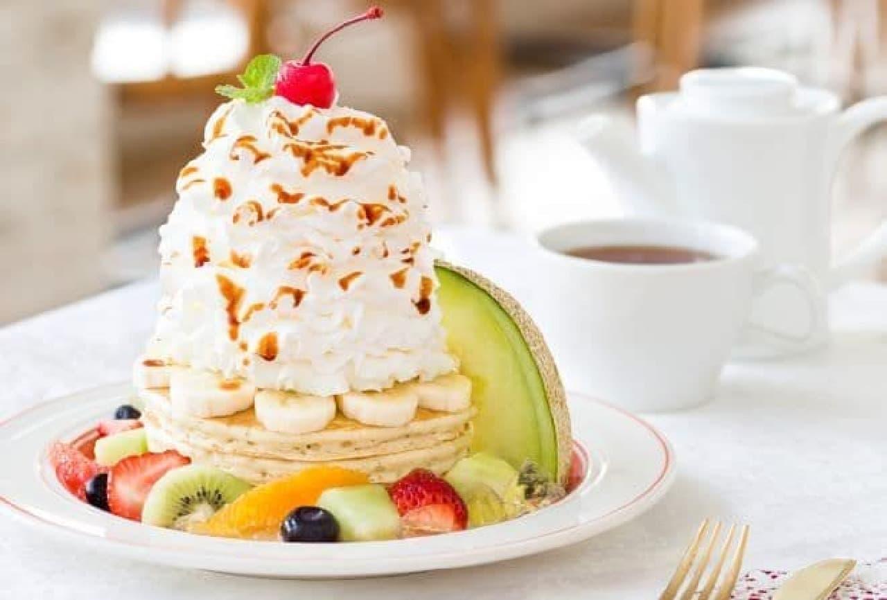 エッグスンシングス「パンケーキ・ア・ラ・モード~8種のフルーツパンケーキ~」