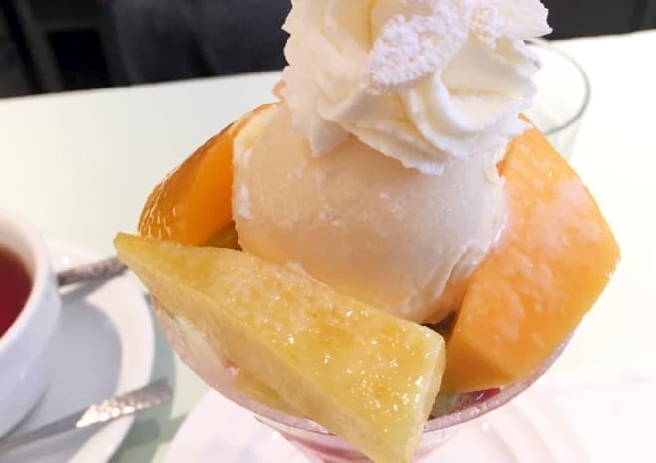 フルータスのミニフルーツパフェ